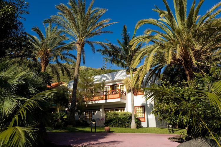Playa de Los Cancajos 22, 38712 Breña Baja, La Palma, Spain.