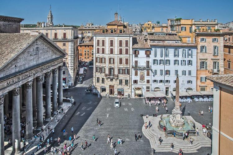 Piazza della Rotonda 73, Rome, 00186, Italy.
