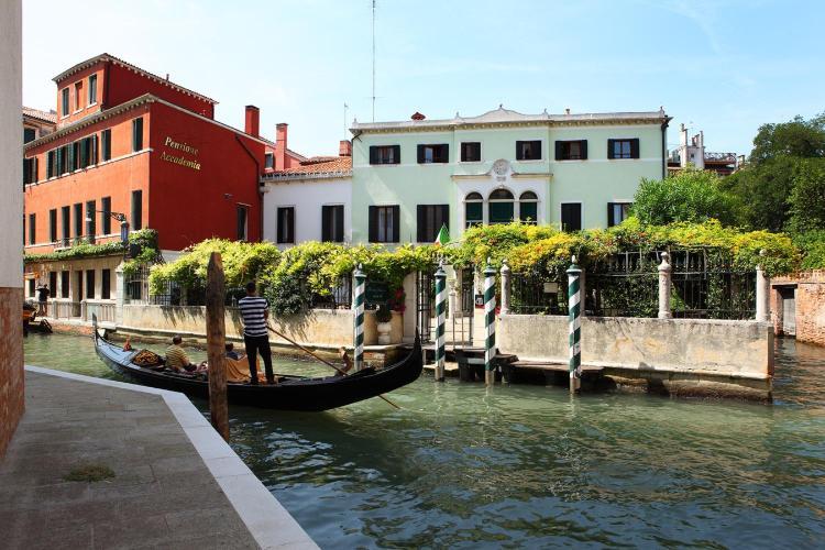 Dorsoduro 1058, Venice, 30123.
