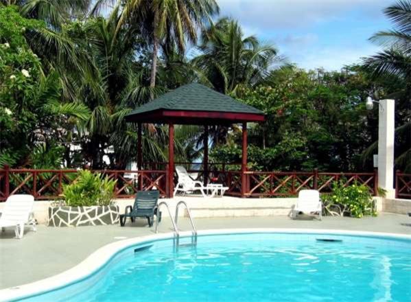 Mullins Bay, St Peter, Barbados.