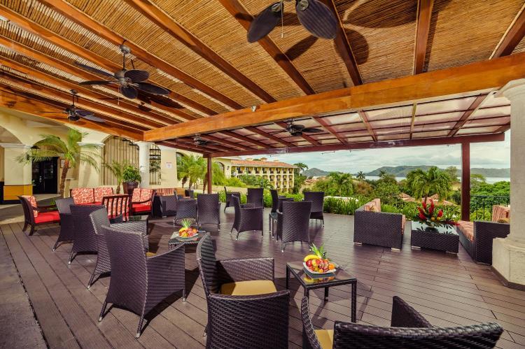 Boulevard Playa Hermosa 800mts al norte, Provincia de Guanacaste, Carrillo, Costa Rica.