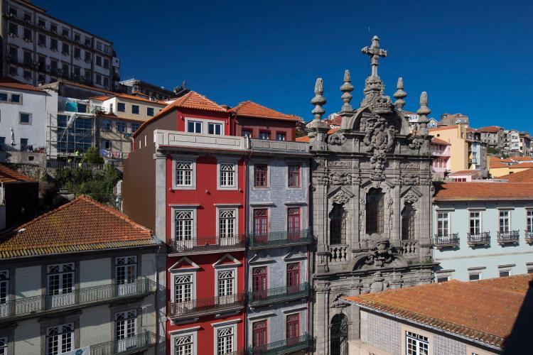 Largo de São Domingos, 66,Porto,Portugal.