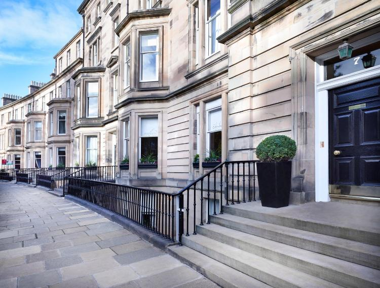 7 Rothesay Terrace, Edinburgh, EH3 7RY, Scotland.