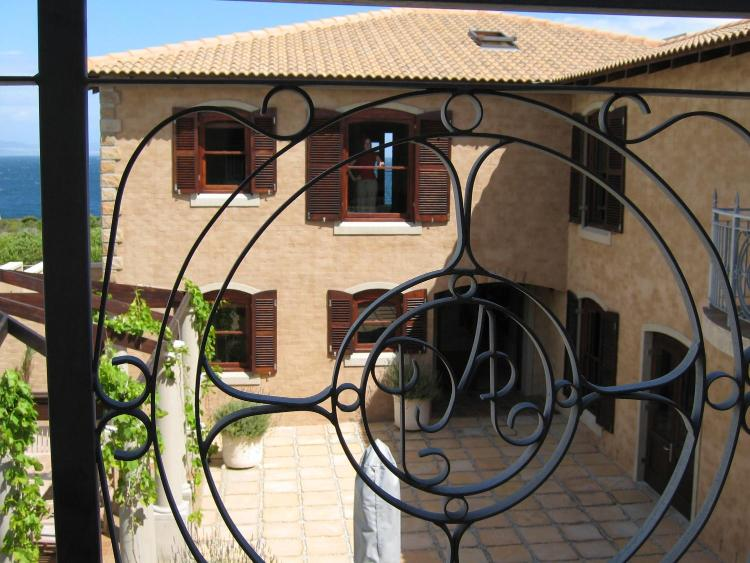 25 Westcliff Drive, Hermanus 7200, South Africa.