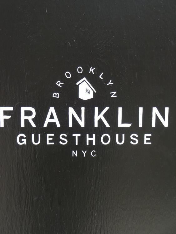 214 Franklin St, Brooklyn, NY 11222, United States.