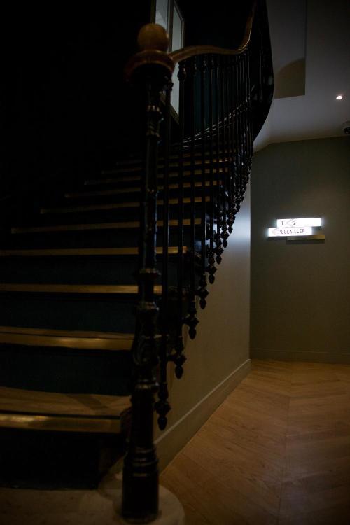 13 rue Edouard-Manet, 75013 Paris, France.