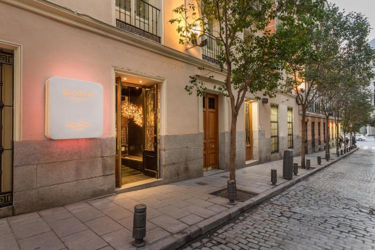 Campomanes 4, 28013 Madrid, Spain,