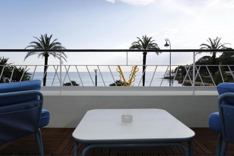 7 Promenade Du Cap, 06190 Roquebrune-Cap-Martin, France.