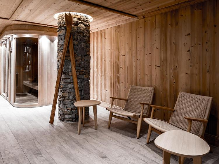 Rue Park City, Courchevel 1850, France.