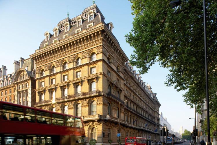 101 Buckingham Palace Road, London SW1W 0SJ, England.