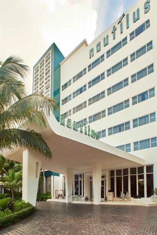 1825 Collins Ave, Miami Beach, FL 33139, United States.