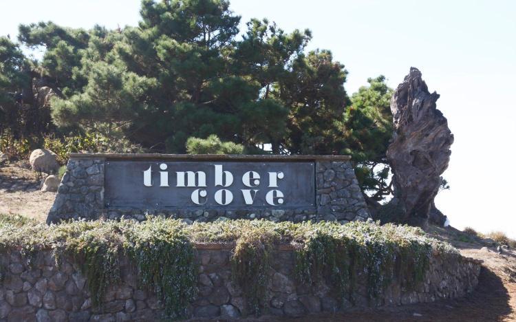 21780 North Coast Highway 1, Jenner, CA 95450, USA.
