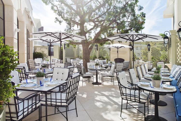 9882 S Santa Monica Blvd, Beverly Hills, CA 90212, United States.