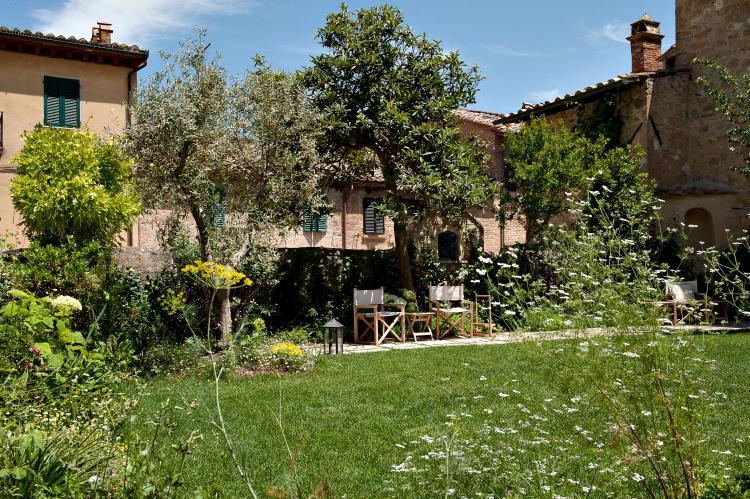 Corso il Rossellino, 111, 53026 Pienza, Tuscany, Italy.