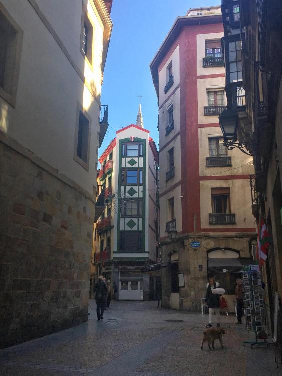 Dorre Kalea, 2, 48005, Bilbo, Bizkaia, Spain.