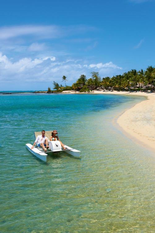 Choisy Road, Poste de Flacq, Mauritius.
