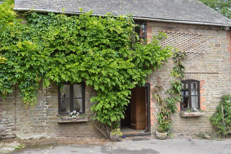 Aymestrey, Herefordshire, HR6 9ST, England.