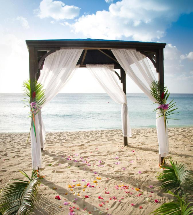 Paynes Bay, St James, Barbados.