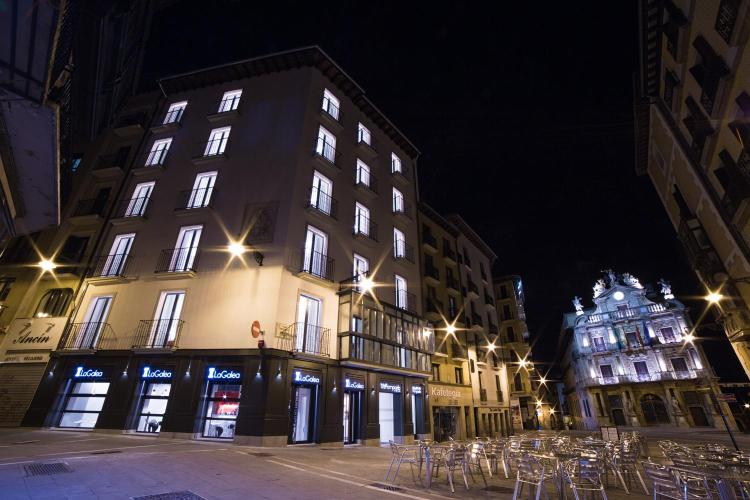 Calle de Santo Domingo 19, Pamplona, 31001 Spain.