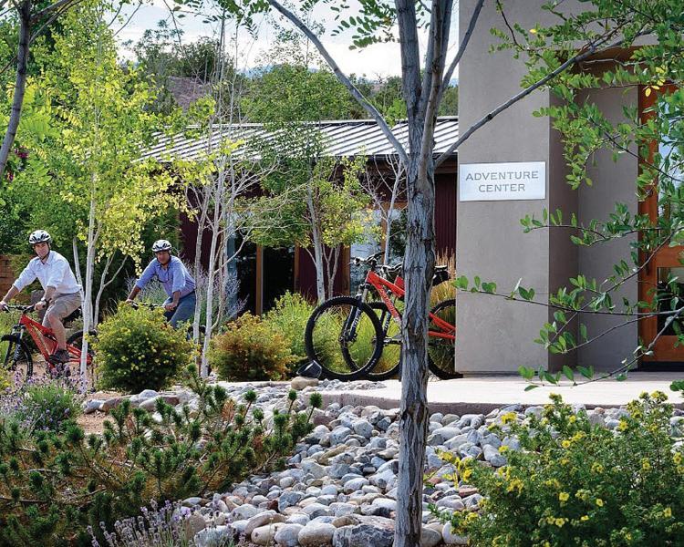 198 NM-592, Santa Fe, New Mexico 87506, United States.
