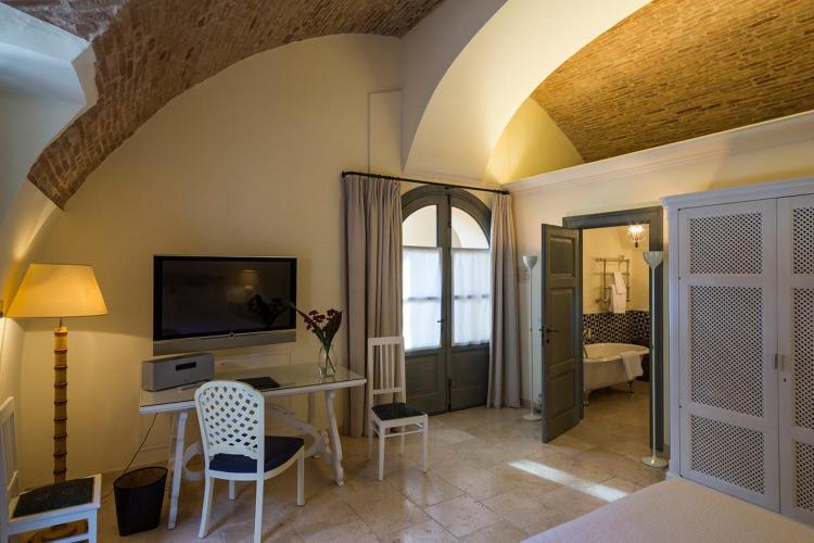 Corso Umberto I, 64 75012 Bernalda, Matera, Basilicata, Italy.
