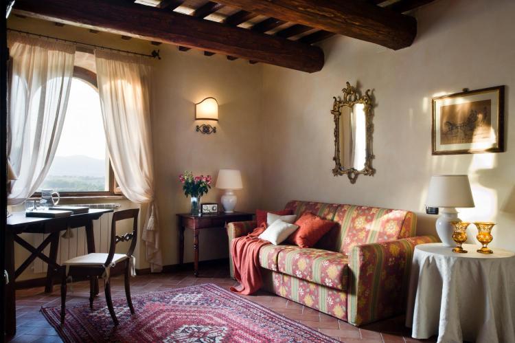 Strada della Cantinetta, 3 05035 Narni, Italy.