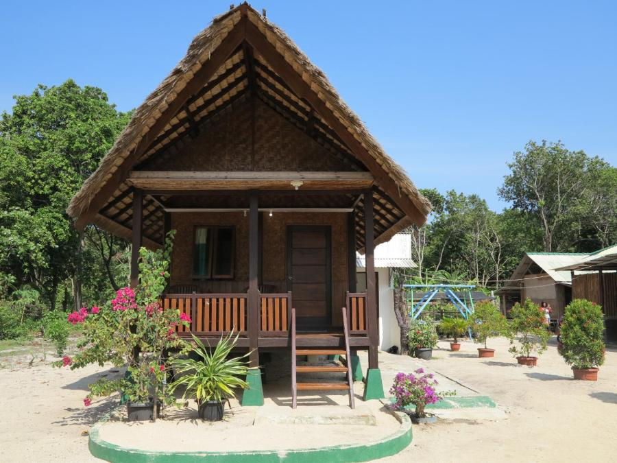 Cemara Indah Bungalow Dorm Jepara Java Rentbyowner Com