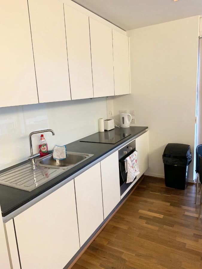 Luxurious Studio Apartment In The Cube Mailbox Birmingham City