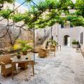 Hotel Ca'n Bonico - фотографії готелю та кімнати