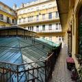 MAGNIFICENT apartment in the centre of Budapest - фотографії готелю та кімнати