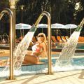 Holiday Beach Budapest Wellness Hotel with Sauna Park - chambres d'hôtel et photos