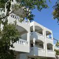 To Spiti Tis Eirinis - фотографии гостиницы и номеров