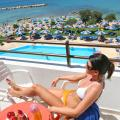 Corallia Beach Hotel Apartments - хотел и стая снимки