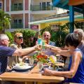 Bay Gardens Beach Resort -صور الفندق والغرفة