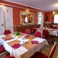 Hotel Adalbertus - viesnīcas un istabu fotogrāfijas