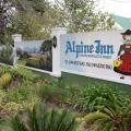 Alpine Inn -호텔 및 객실 사진