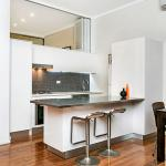 Two Bedroom Apartment Campbell Street(SHILL) - thumbnail 9