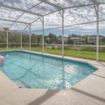 Lake View Pool Home - thumbnail 12