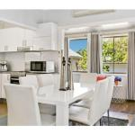 Modern Aus home on the edge of North Ryde Oval - thumbnail 12