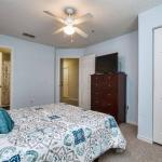 Great location 4Bed 3bth Townhouse with kids themed room's - thumbnail 5