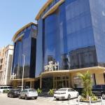 Vivid Plaza Hotel - 2