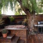 Eco-Modern Venice Beach House with rooftop & steam