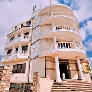 Отель Сакра