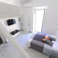 Bright apartment off Porta Pia