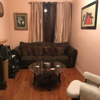 Macon Modern Brownstone Suite