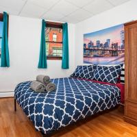 15 minutes to NYC! Lovely 2 bedroom