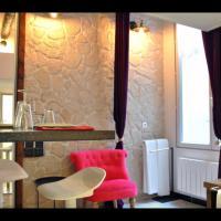 Cosy apartment Marais Rosiers