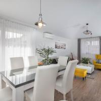 Apartments, Grand View Apartment