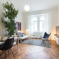 Stylish Modern Apartment for 7 people by easyBNB