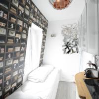 Small Room Near Eiffel Tower